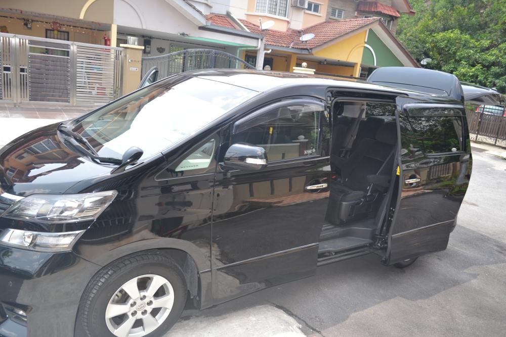 MPV Alphard/Vellfire/Starex for Rental 24 hrs RM300/day +60146309976 (6/6)