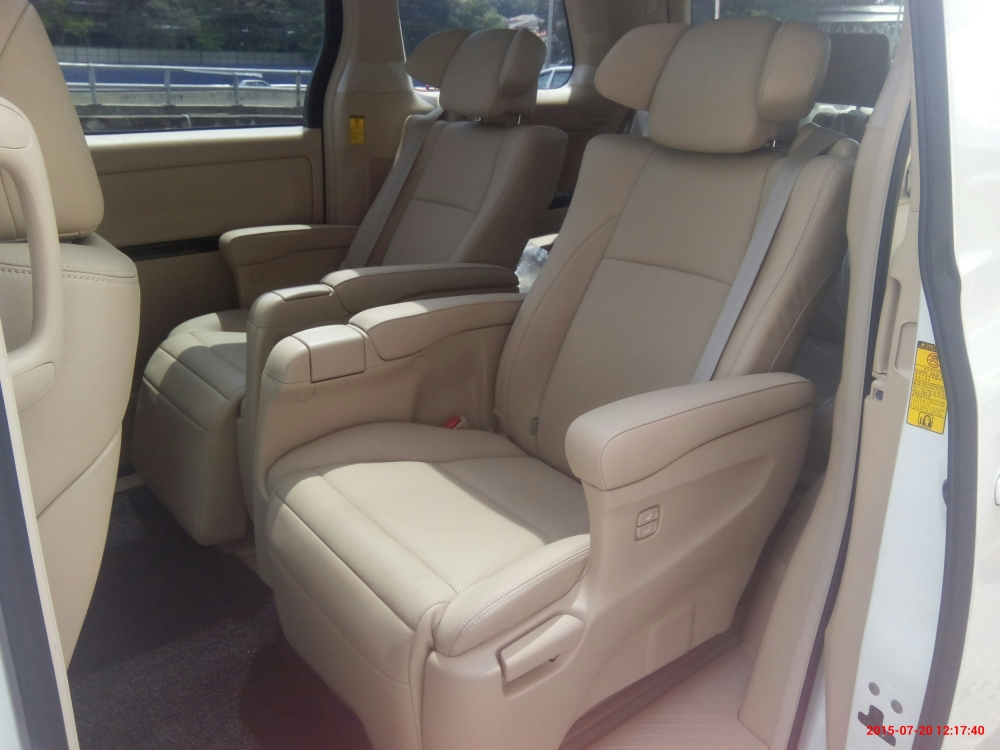 Kereta Sewa MPV/SUV/Luxury Car/Vellfire/Alphard/Merc/BMW/Audi/Range Rover / Car for Rent/ MPV for Rent (3/6)
