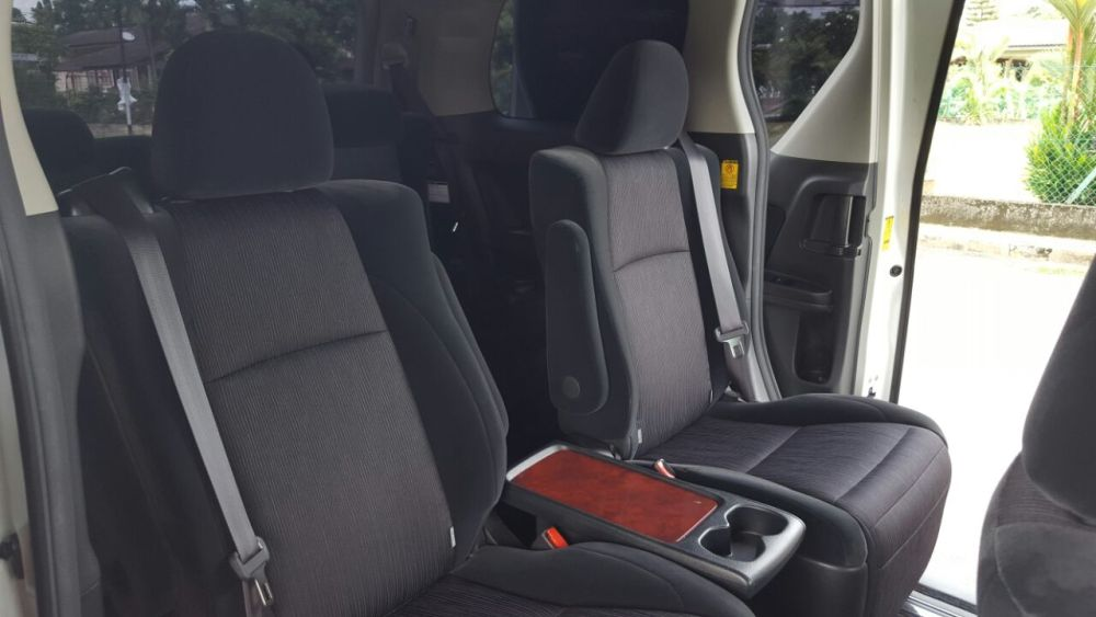 MPV Alphard/Vellfire/Starex for Rental 24 hrs RM300/day +60146309976 (4/6)